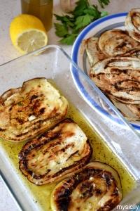 Food_Melanzane aromatizzate