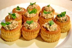 Food_ Tuna pate with capers