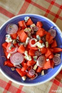 Food_Insalata di anguria, feta e olive nere