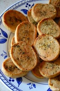 Food_Biscotti salati_Timilia_ricotta_erbe aromatiche