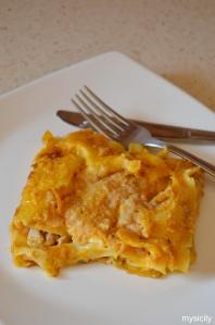 Food_Lasagne_zucca_salsiccia_provola
