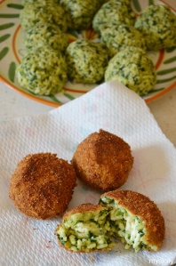 Food_Arancine_spinaci_mozzarella