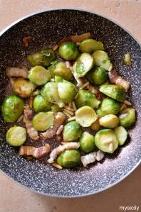 food_cavoletti-di-bruxelles_pancetta_pinoli-1