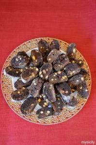 food_biscotti_cantucci_cioccolato_pistacchi